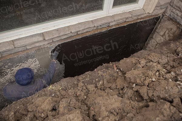 aquatech-waterproofing-aqua-block-applying