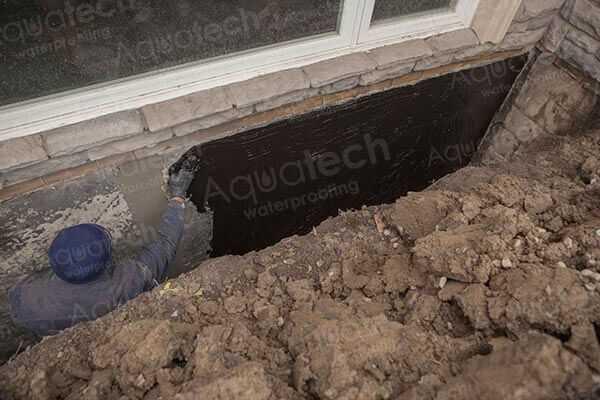aquatech-waterproofing-aqua-block-applying
