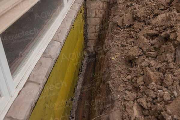 aquatech-waterproofing-yellow-jacket-mesh-applying (1)